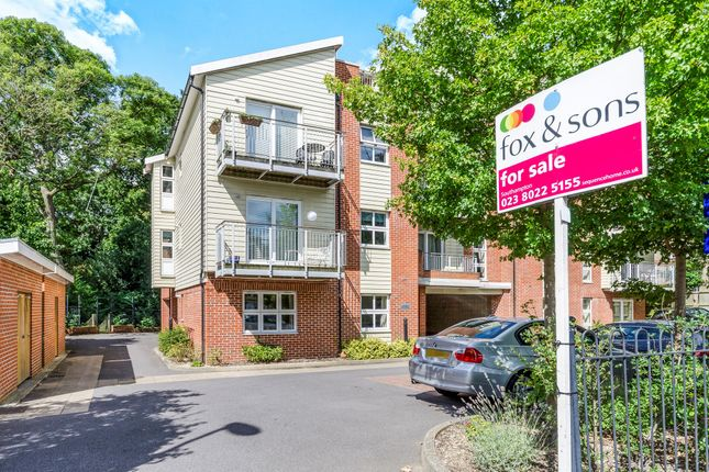 Thumbnail Flat for sale in Northlands Road, Banister Park, Southampton