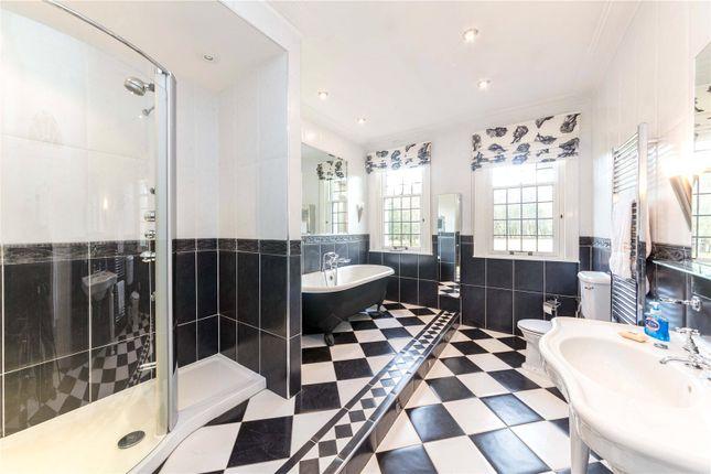 Bathroom of Boquhan House, Boquhan, Stirling FK8