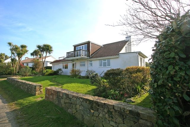 Thumbnail Detached house for sale in Val Reuters, Alderney