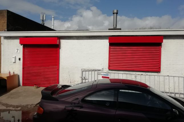 Light industrial to let in Premier Industrial Estate, Brierley Hill