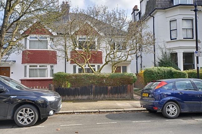 Thumbnail Terraced house to rent in Avenue Crescent, Acton