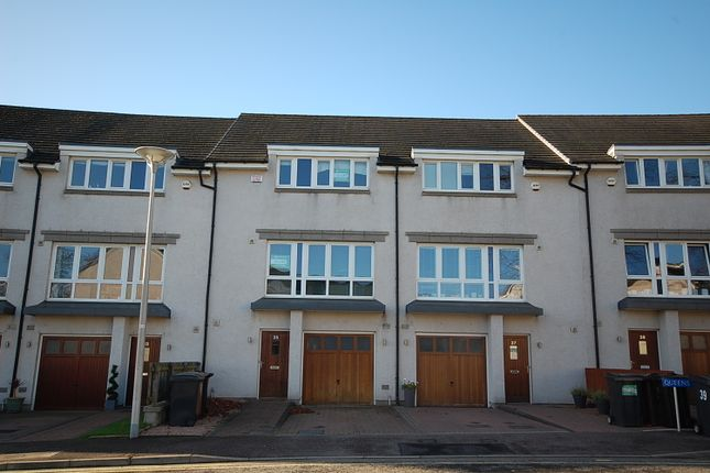 Thumbnail Flat to rent in Queens Crescent, Kepplestone, Aberdeen