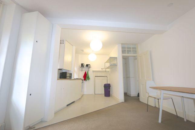 2 bed flat to rent in Tonbridge Street, Bloomsbury, London