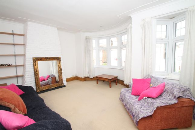 Thumbnail Flat for sale in Kingsley Road, Palmers Green, London