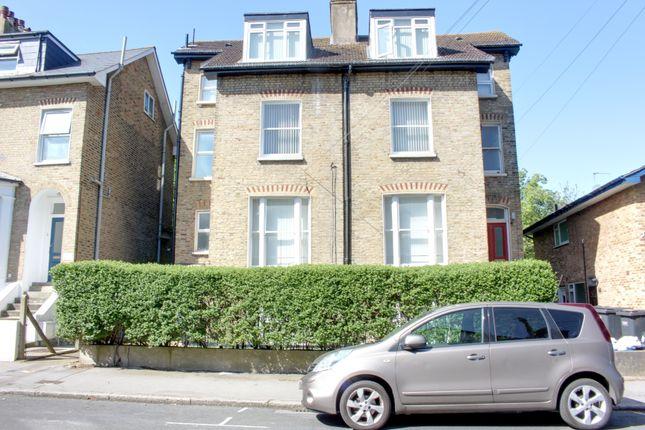Thumbnail Flat to rent in Nicholson Road, Croydon