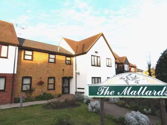 Thumbnail Property for sale in 236 High Street, Great Wakering, Southend-On-Sea