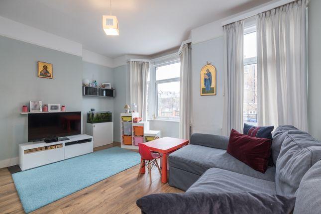 Living Room of Kemsing Road, Greenwich, London SE10