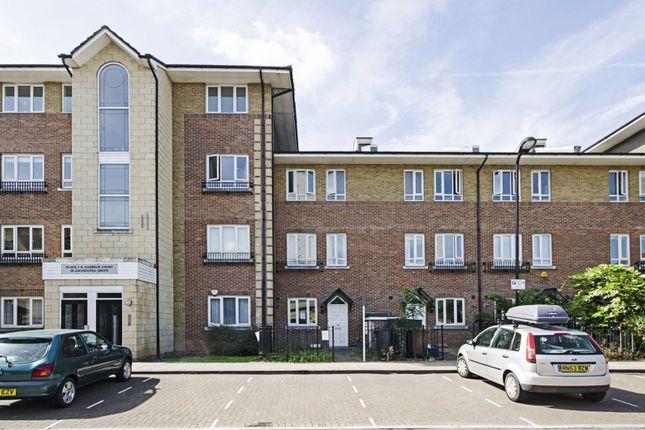 Thumbnail Town house to rent in Jacaranda Grove, London