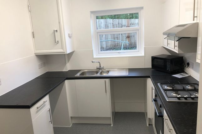 Thumbnail Flat to rent in Haig Avenue, Brighton