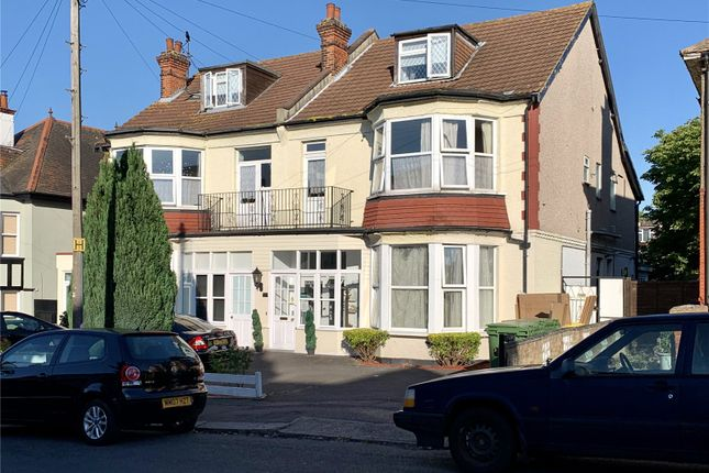 Picture No. 17 of Ailsa Road, Westcliff-On-Sea, Essex SS0