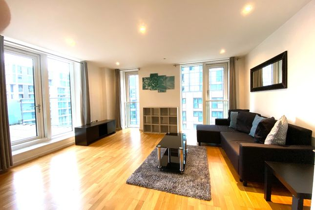 1 bed flat for sale in Millharbour, London E14
