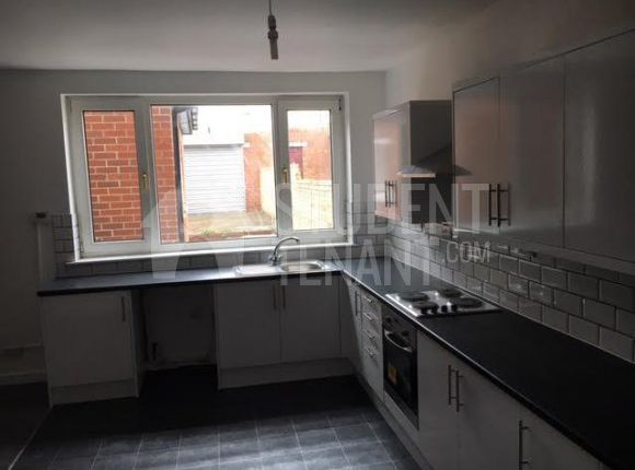 Thumbnail Shared accommodation to rent in Rosedale Street, Sunderland