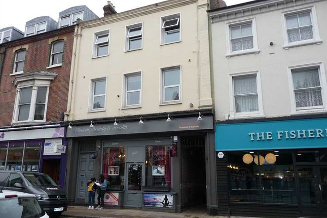 Thumbnail Flat to rent in Lloyd Court, 6 Clarendon Road, Southsea