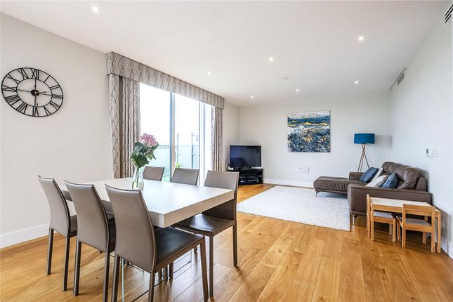 3 bed flat for sale in Northway House, 4 Acton Walk, London N20