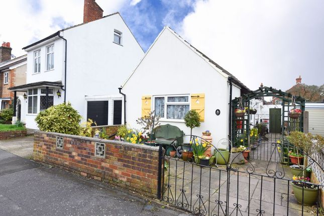 Thumbnail Bungalow for sale in Windsor Road, Farnborough