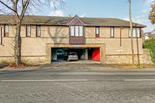 1 bed flat for sale in Barton Court, Barton Road, Lancaster LA1