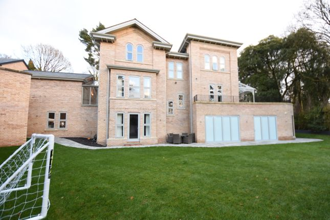 Thumbnail Detached house to rent in Tempest Road, Alderley Edge