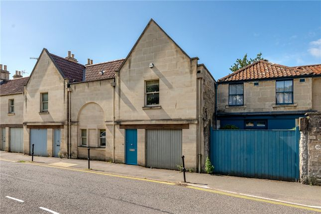 Thumbnail Terraced house to rent in Crescent Lane, Bath, Somerset