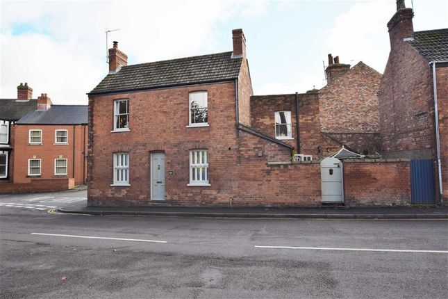 Thumbnail Property for sale in Eastgate, Louth, Lincolnshire