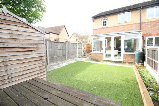 Thumbnail Property to rent in Coalport Close, Newhall, Harlow