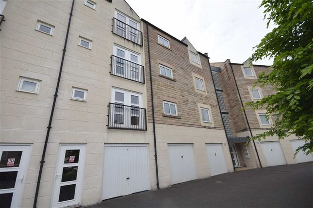 Thumbnail Flat for sale in Strutt House, Millers Way, Milford