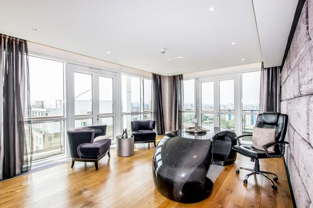 Thumbnail Penthouse for sale in Eaton House, Westferry Circus, Canary Wharf