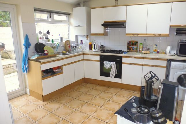 Thumbnail Terraced house to rent in Christchurch Road, Collierswood