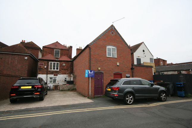 Thumbnail Flat to rent in Britannia Road, Worcester