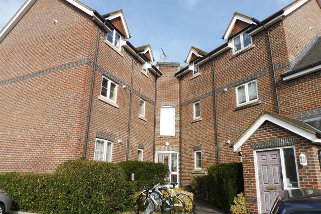 Thumbnail Flat to rent in Allbrook Hill, Eastleigh