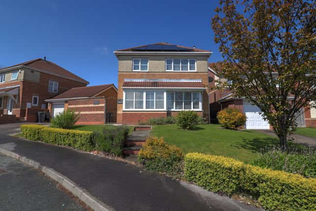 Thumbnail Detached house for sale in Willerby Grove, Peterlee
