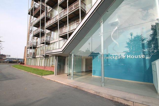 Thumbnail Flat to rent in Warwickgate House, 7 Warwickgate Road