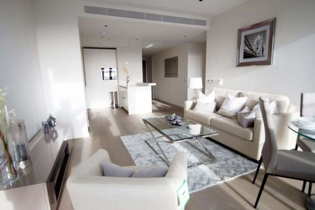 Thumbnail Flat to rent in South Bank Tower, Upper Ground, London Bridge