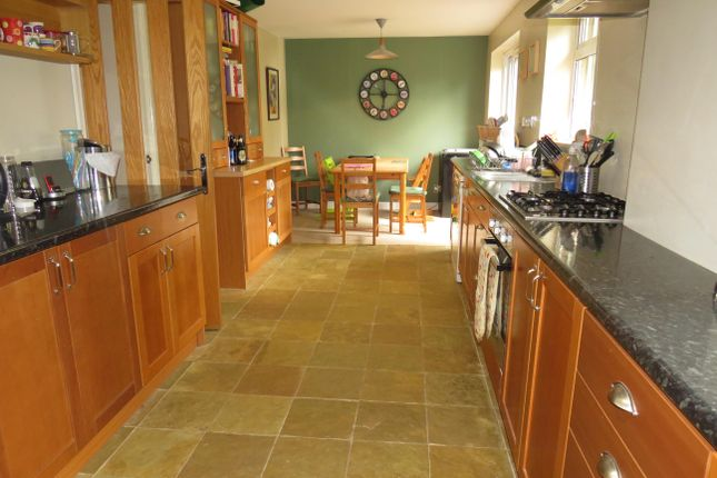 Thumbnail Property to rent in Holt Way, Hook
