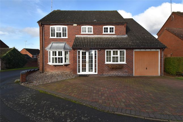 5 bed detached house for sale in Stonepits Lane, Redditch B97