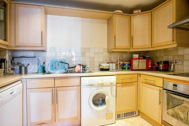 Kitchen of Quadrant Court, Jubilee Square, Reading RG1