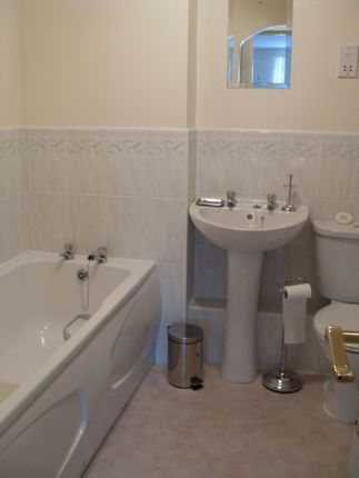 Bathroom of Tudor Court, Congleton CW12