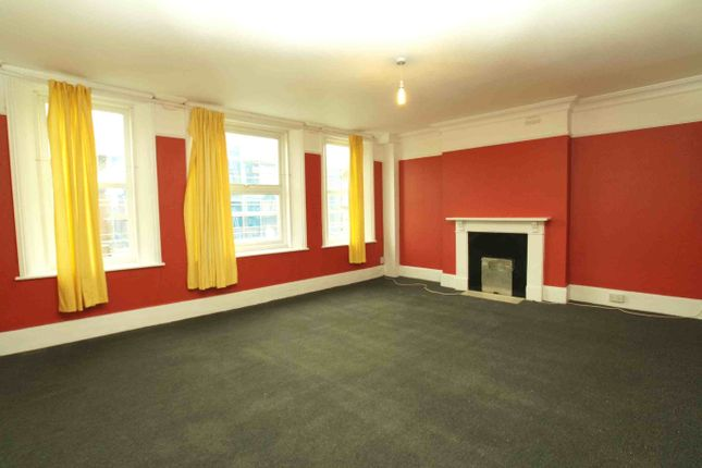 Thumbnail Flat to rent in Sydenham Road, London