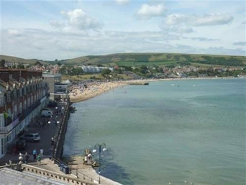 Thumbnail Flat to rent in High Street, Swanage
