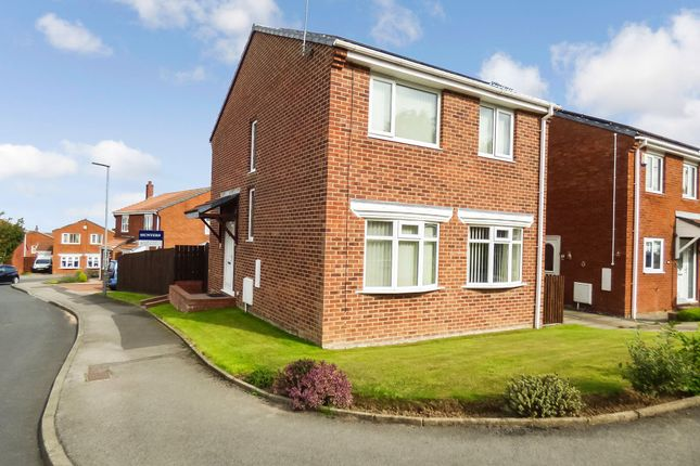 Thumbnail Detached house for sale in Dilston Close, Peterlee