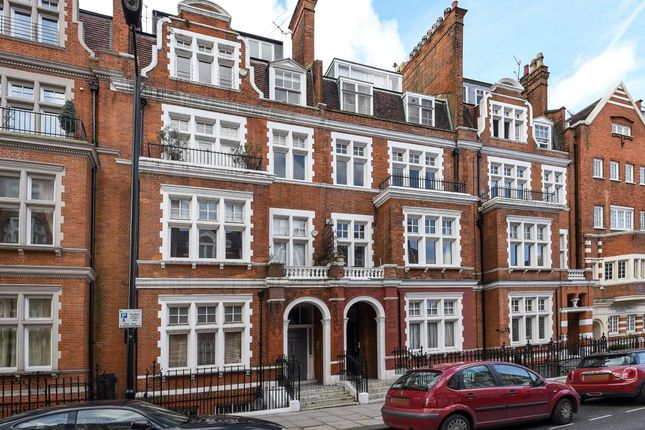 Thumbnail Flat for sale in Palace Court W2,