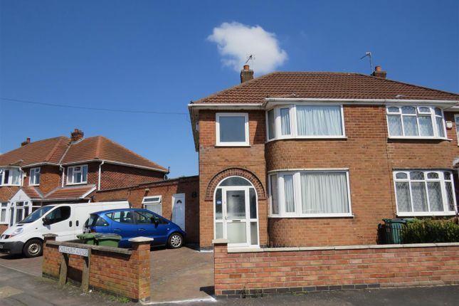 3 bed property to rent in Chislehurst Avenue, Braunstone, Leicester