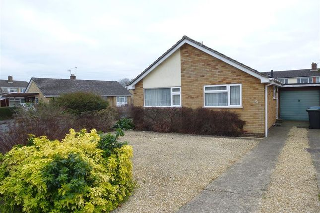 Thumbnail Bungalow to rent in Blenheim Drive, Witney