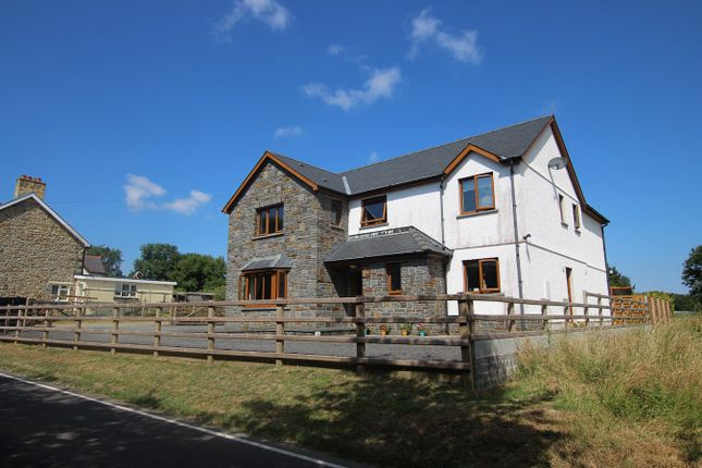 Thumbnail Detached house for sale in Penrhiwpal, Llandysul