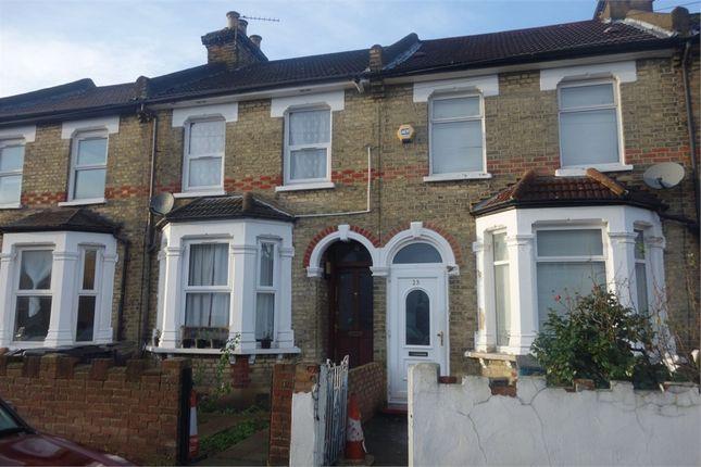 Thumbnail Flat to rent in Hurlstone Road, London