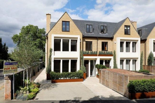 Thumbnail Property for sale in Arterberry Road, London