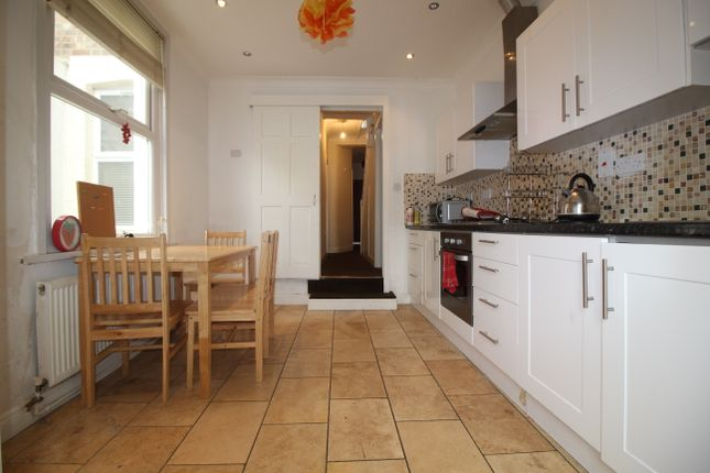 Thumbnail Terraced house to rent in Hermitage Road, London
