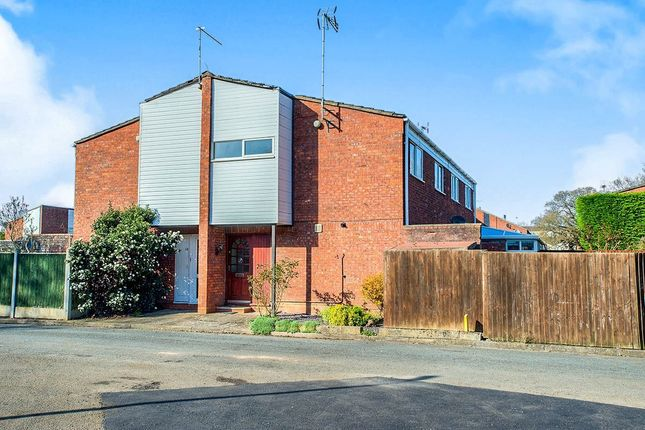 Thumbnail Semi-detached house to rent in Sutton Close, Redditch