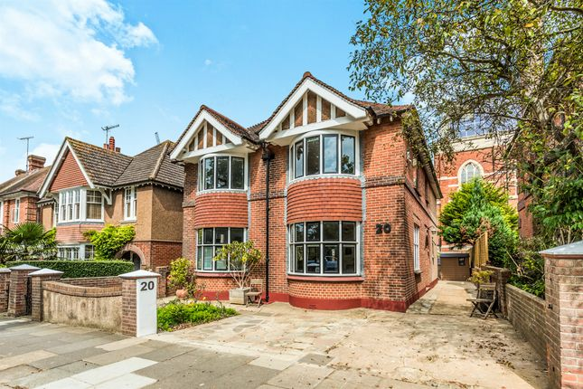 Thumbnail Detached house for sale in Nizells Avenue, Hove