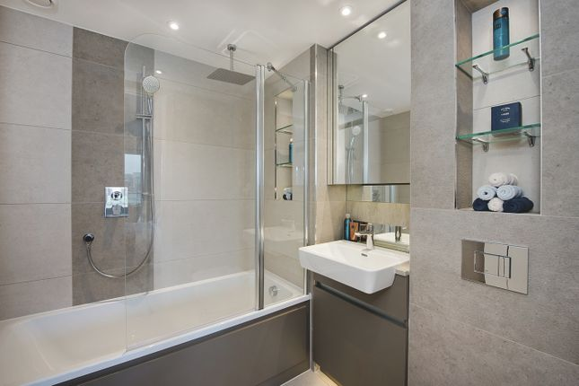 Thumbnail Flat for sale in Waterfront III, Royal Arsenal Riverside, Woolwich, London