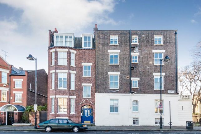 Thumbnail Flat for sale in Canonbury Place, London